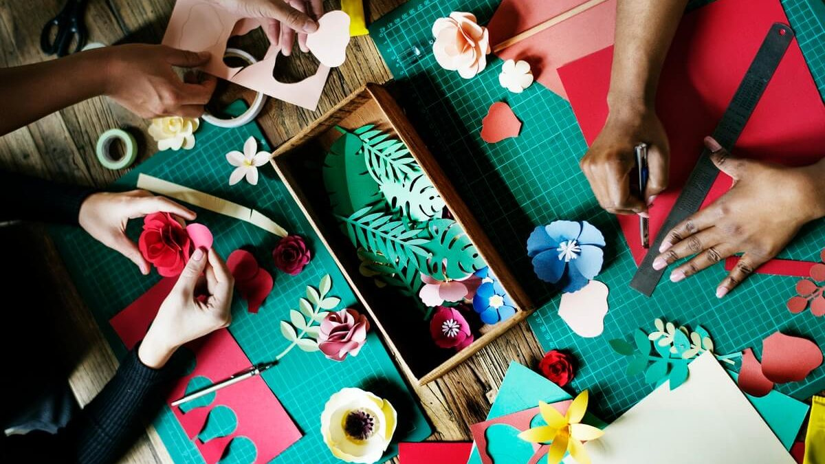 Ten Ways To Get Free Art And Crafts Supplies For Artists
